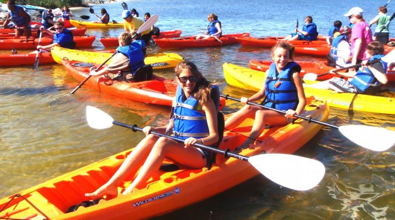 kayak-rental-text-photo