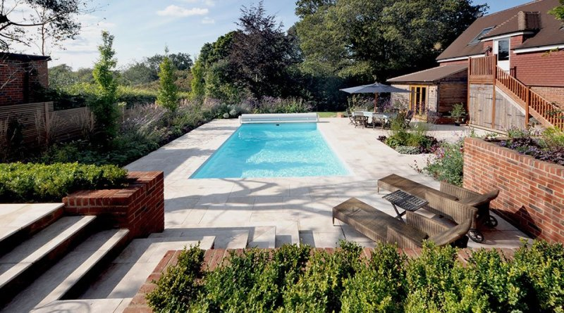 Surrey-garden-designer-Haslemere-swimming-pool-builders-uk-contemporary-garden-design