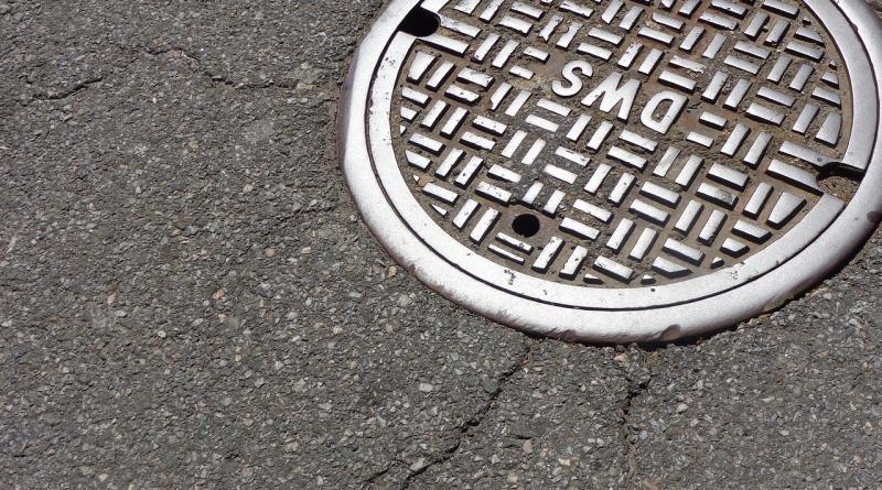 manhole-1200923_1280