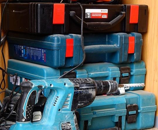 Narzędzia niezbędne w każdym garażu