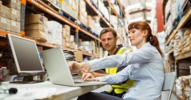 5 rzeczy, które pracodawca musi zapewnić pracownikom na hali