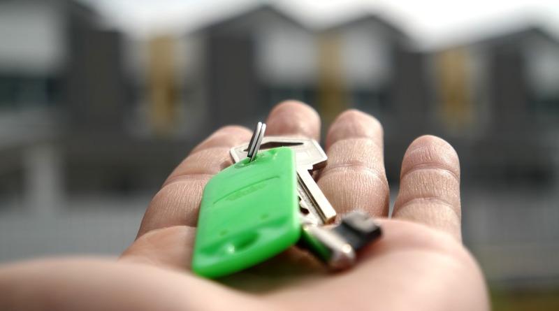 Jak skutecznie sprzedać nieruchomość w internecie?