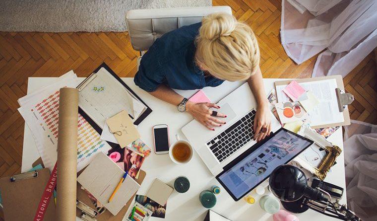 Stocksy-woman-work-home-Lumina