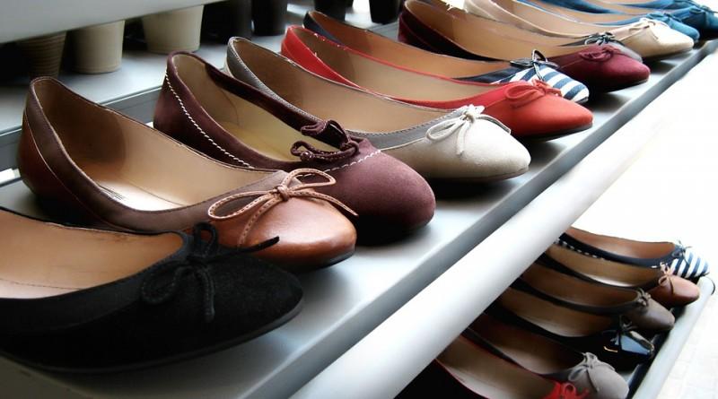 Masz haluksy? Podpowiemy, jakie buty do pracy wybrać!
