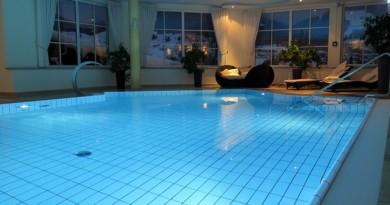 Akcesoria w szatni basenowej – które wybrać przy remoncie?