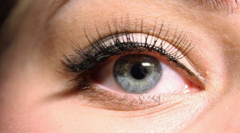 Proces tworzenia makijażu permanentnego – wskazówki dla zainteresowanych pań